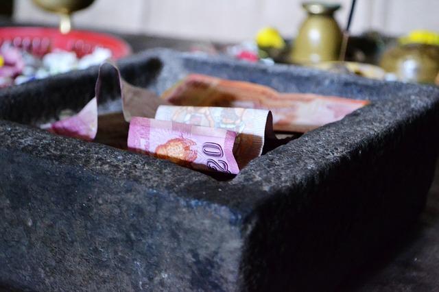 money-185366_640